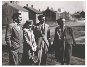 Arthur Koestler with Mamaine Paget (Celia's twin sister), Robie Macauley and Flannery O'Connor, 1947.