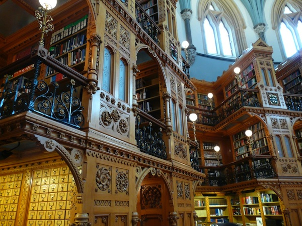 Canadian_Library_of_Parliament_Ottawa-interior