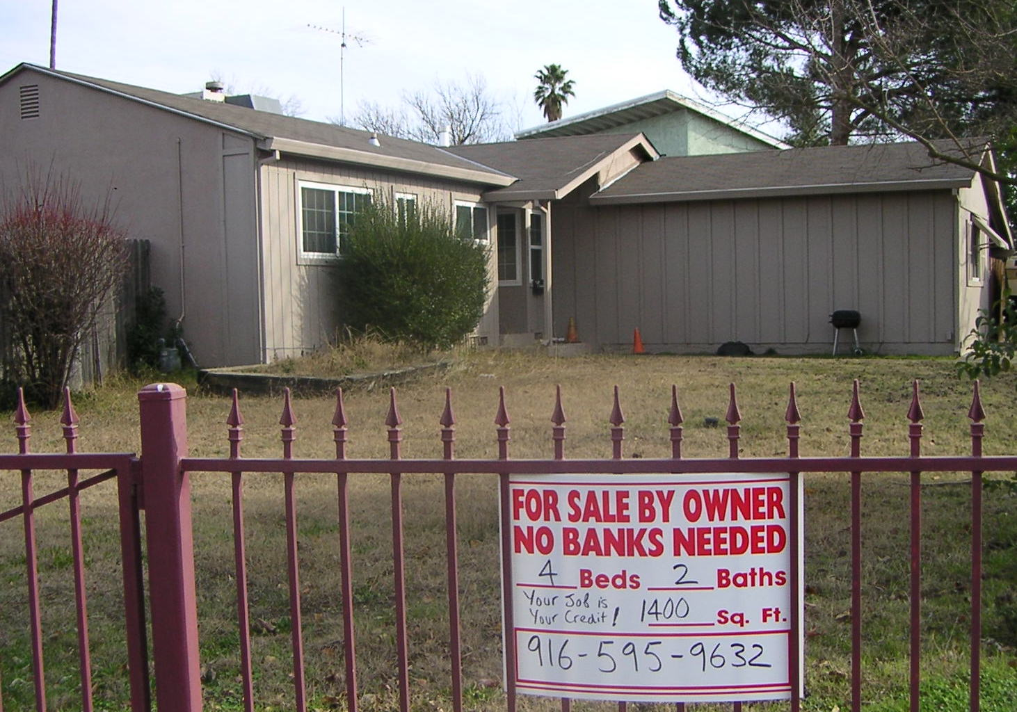 Are Foreclosed Homes the New Haunted Houses?