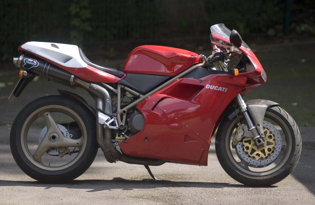 Ducati916SPS_1998_ScuderiaAssindia