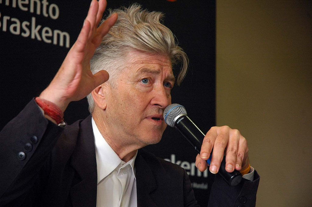 David_Lynch_-microphone_-10Aug2007
