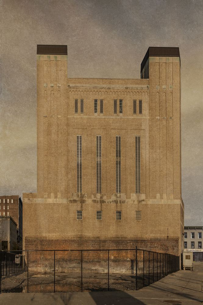 holland_tunnel_tower__across The Highway-2014