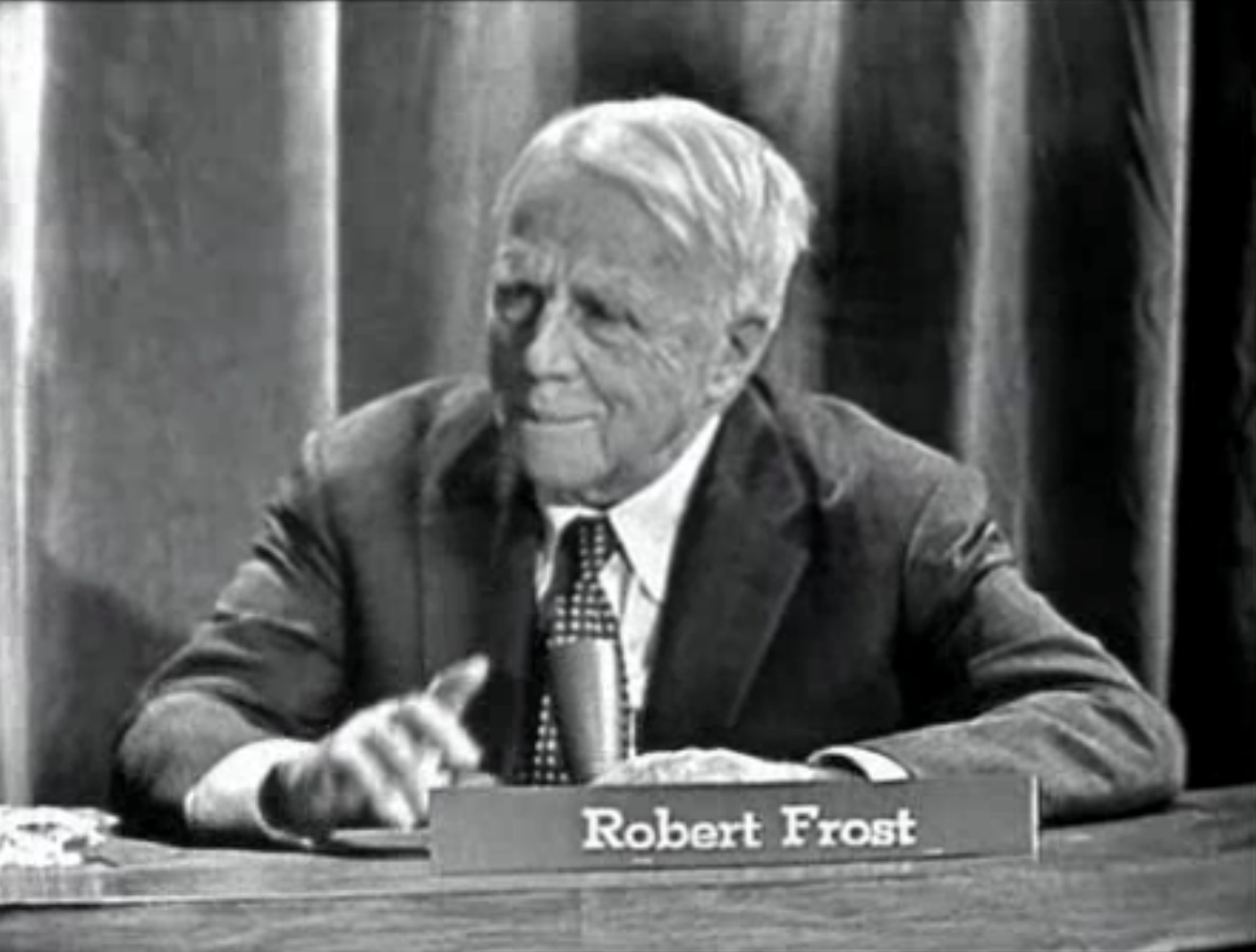 essays on design by robert frost