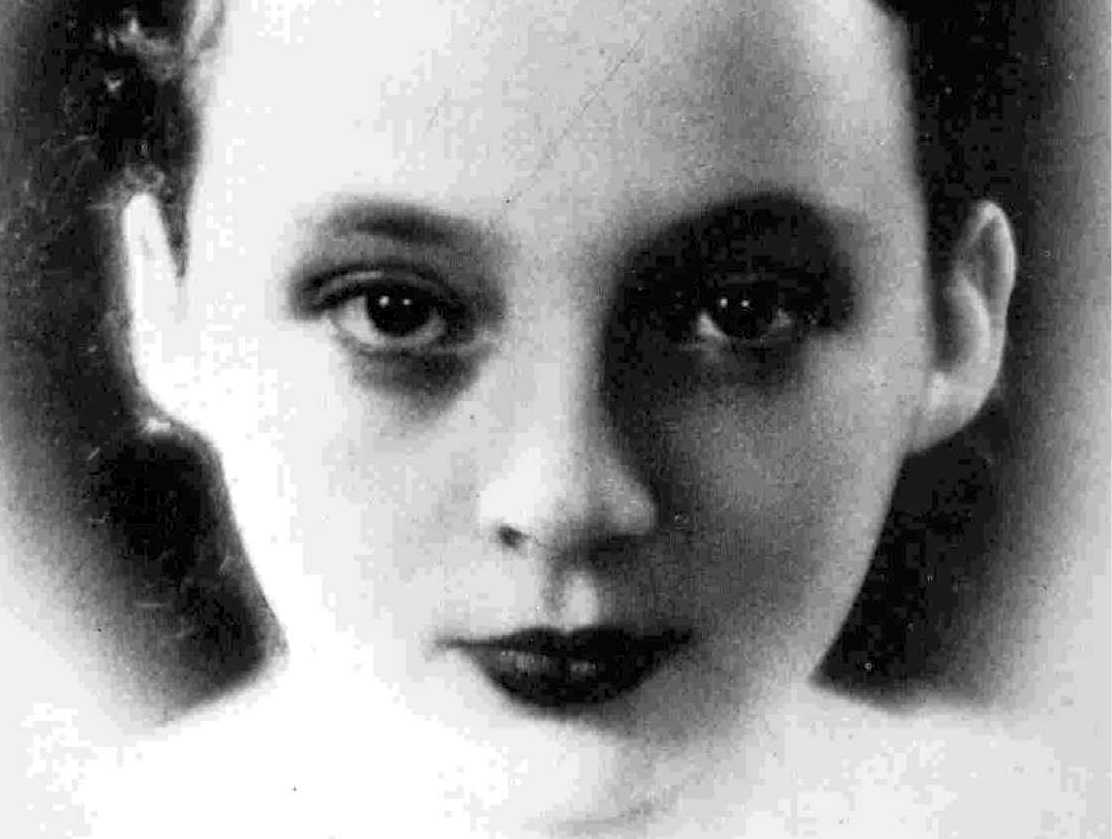 critical essays on marguerite duras Essays and criticism on marguerite duras - duras, marguerite - (short story criticism.
