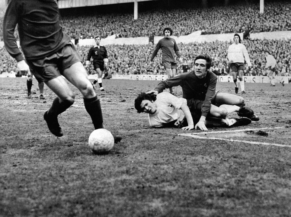 Football Club Games 1971