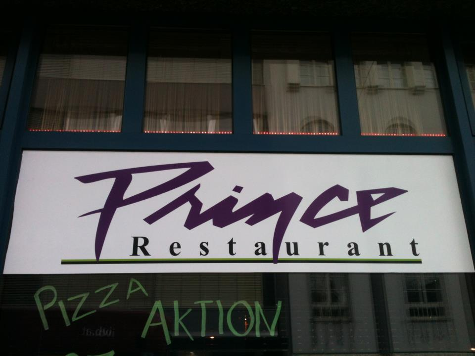 Prince Pizza Aktion restaurant, Innsbruck, 2013. Photograph by author.