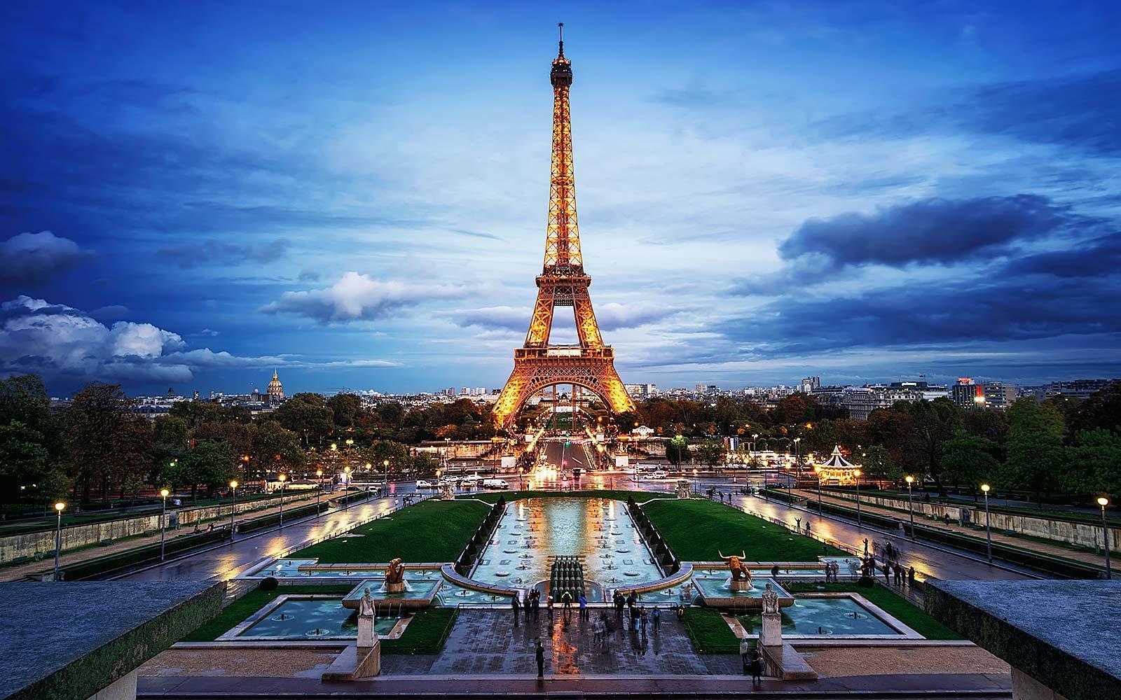 paris reviewed