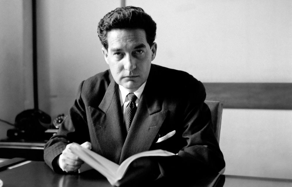 """octavio paz The death of mexican poet and essayist octavio paz on april 20 was (in the words of mexico's president ernesto zedillo) """"an irreplaceable loss for contemporary thought and culture—not just for latin america but for the entire world."""