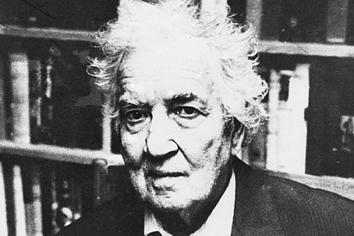 robert graves essays On july 24, 1895, robert graves was born autobiography, and literary essays from 1961 to 1966, graves returned to england to serve the caterpillar robert.